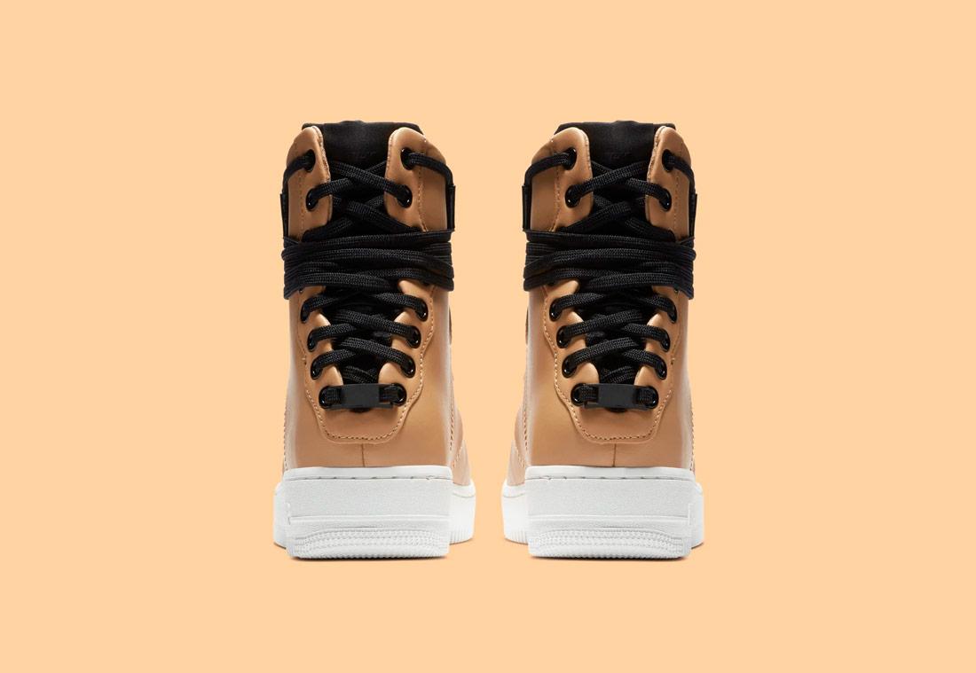 Nike Air Force 1 Rebel XX — dámské zimní boty — kotníkové — béžové, pískové