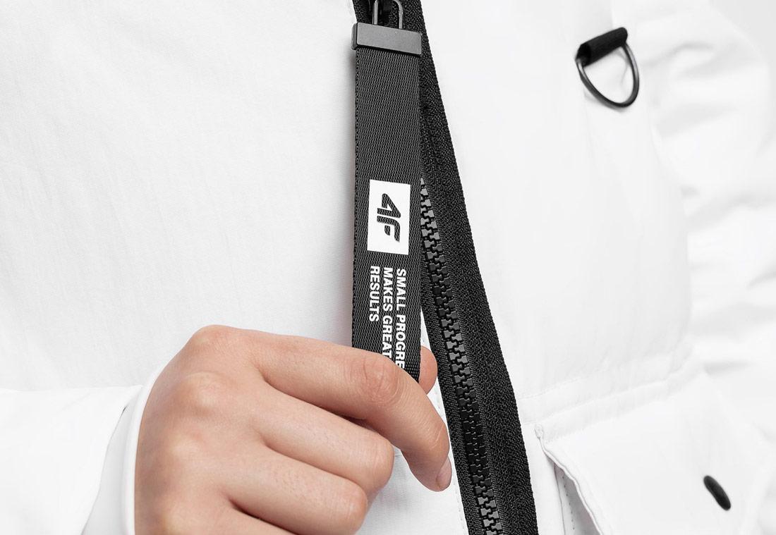4F KUDP216 — péřová bunda — sportovní, outdoor, městská — dámská — bílá