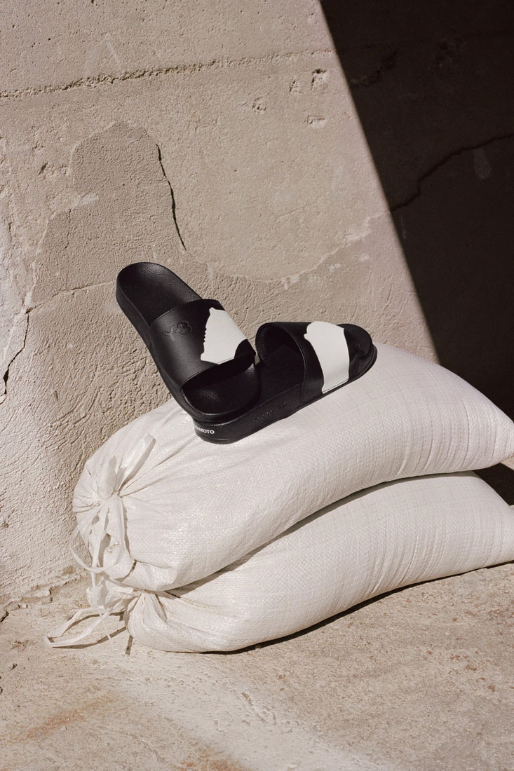 Y-3 — pantofle, slides — Yohji Yamamoto x adidas — lookbook — spring/summer — jaro/léto 2019