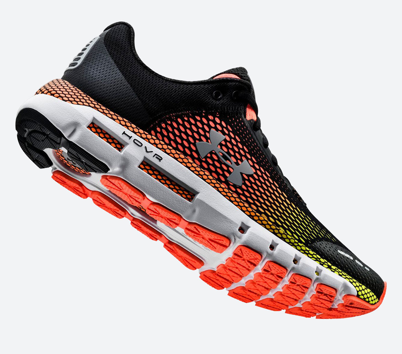 Under Armour HOVR Infinite — běžecké boty — tenisky — oranžové/žluté (Black/High Vis Yellow) — pánské — running shoes