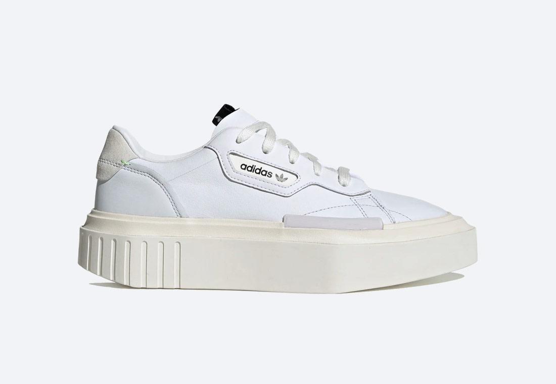 adidas Originals Hypersleek — dámské boty — futuristické tenisky na platformě — sneakers — bílé
