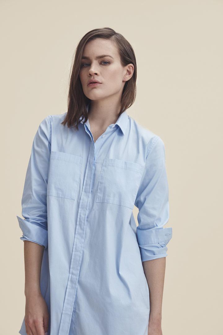 Makia — dlouhá košile — světle modrá — dámská — jaro/léto 2019