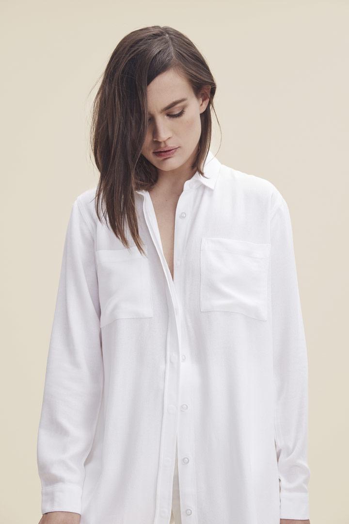 Makia — dlouhá košile — bílá — dámská — jaro/léto 2019