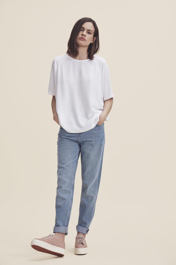 Makia — bílé tričko s krátkými rukávy — dámské — jaro/léto 2019
