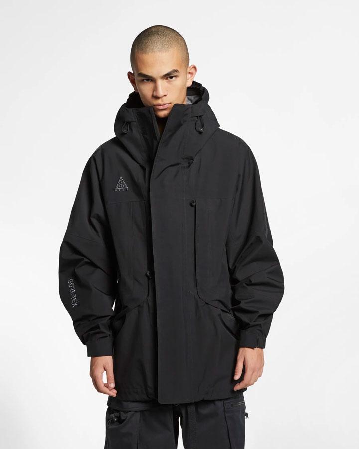 Nike ACG GORE-TEX® — jarní outdoorová bunda s kapucí — černá — pánská — jaro 2019