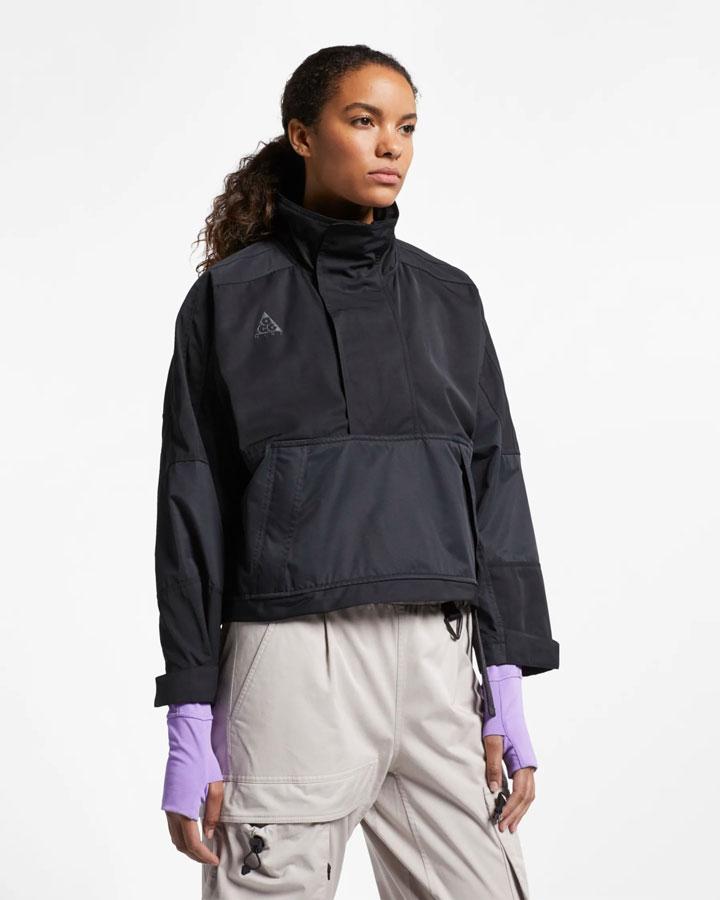 Nike ACG — jarní outdoorová bunda s kapucí — černá — dámská — anorak — jaro 2019