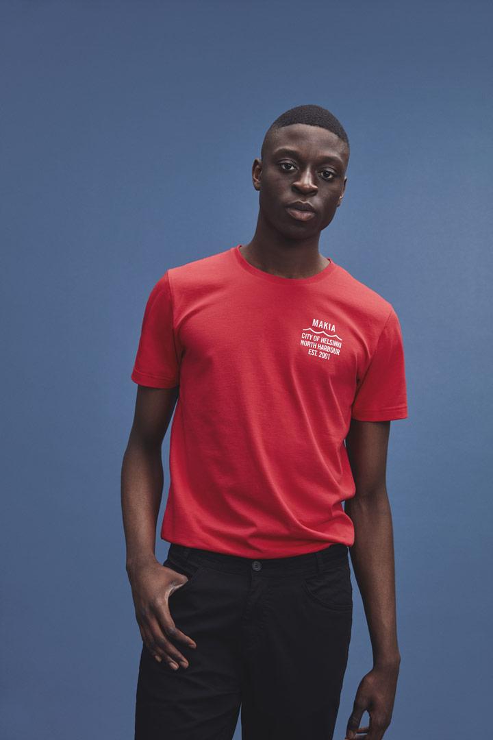 Makia — červené tričko — pánská — jaro/léto 2019