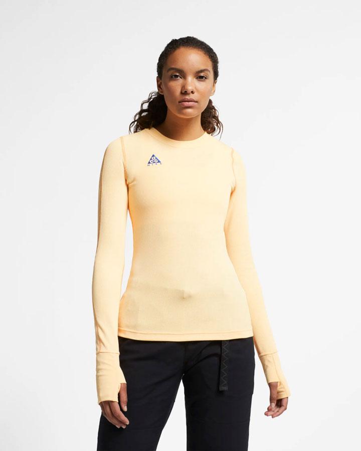 Nike ACG — dámské upnuté tričko s dlouhými rukávy — světle žluté — jaro 2019