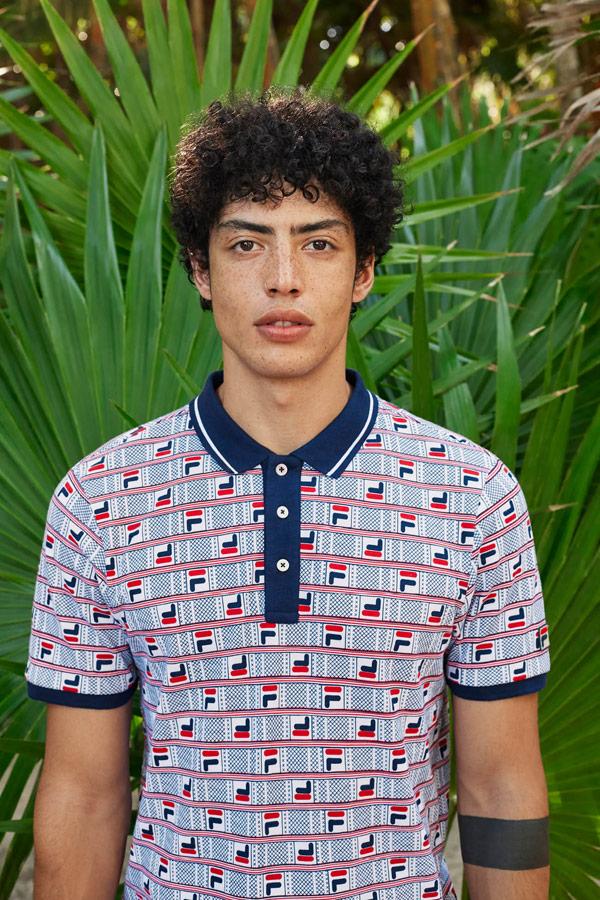 Fila — pánské tričko s límečkem — polokošile — červeno-modré polo se vzorem — jaro/léto 2019 — Heritage lookbook