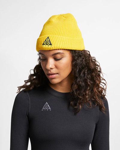 Nike ACG — pletená čepice — žlutá — jaro 2019