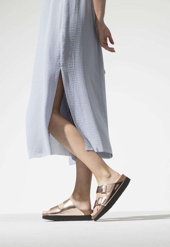 Birkenstock — dámské pantofle na platformě — Arizona Platform — letní korkové nazouváky — měděné, metalické