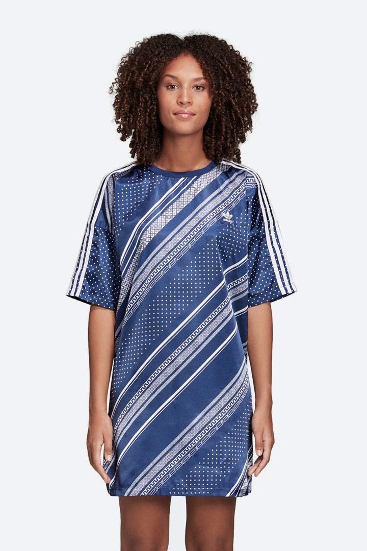 adidas Originals Trefoil — letní šaty s geometrickými vzory — dámské — lesklé saténové — sportovní — modré