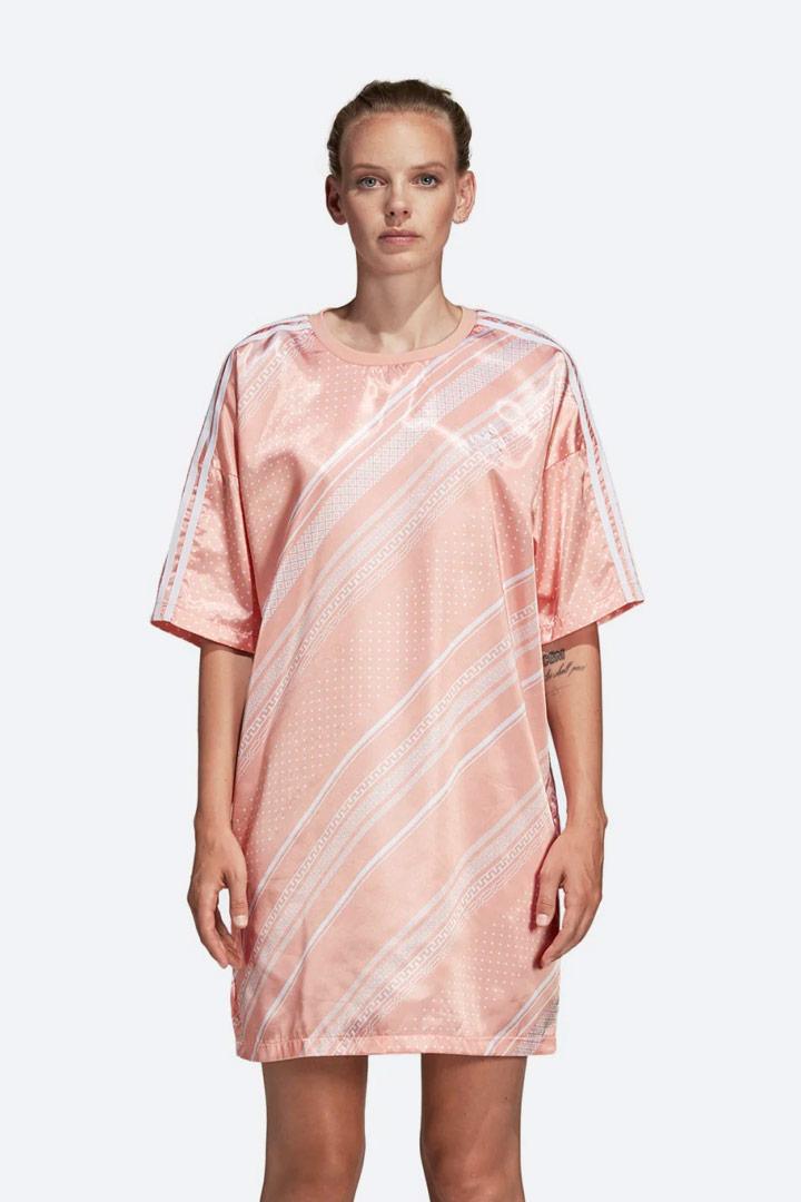 adidas Originals Trefoil — letní šaty s geometrickými vzory — dámské — lesklé saténové — sportovní — oranžové, růžové
