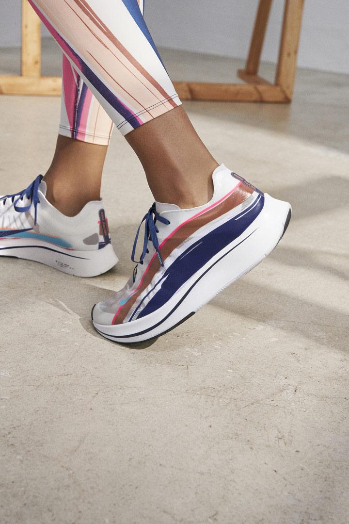Nike Running Women — barevné běžecké boty Nike Zoom Fly SP — bílé — dámské