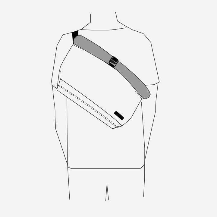 Freitag F640 ROLLIN — nákres — způsob nošení přes rameno