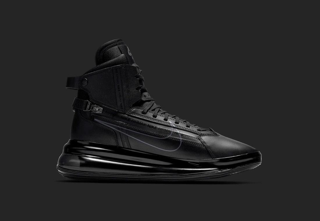 Nike Air Max 720 SATRN — kotníkové boty — černé — tenisky — sneakers — pánské