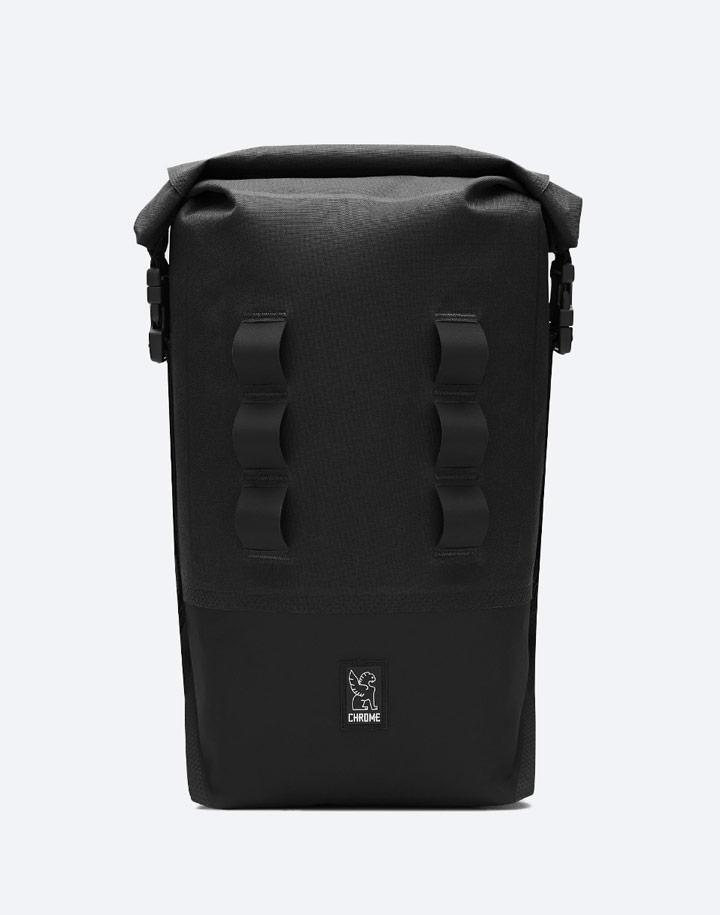 Chrome Industries — městský cyklistický batoh — Urban Ex Rolltop 18 l — urban cyclist backpack — černý