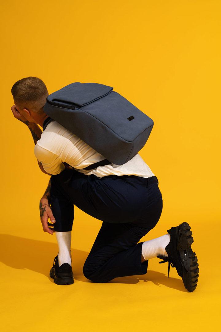 Ucon Acrobatics — batoh z umělého semiše — modrý — Nathan Backpack — vegan, sustainable