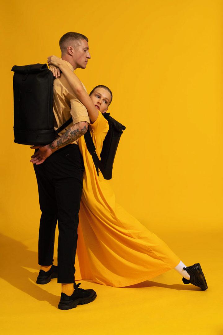 Ucon Acrobatics — batoh z umělé kůže, roll-top — černý — Hajo Pro Backpack — vegan, sustainable