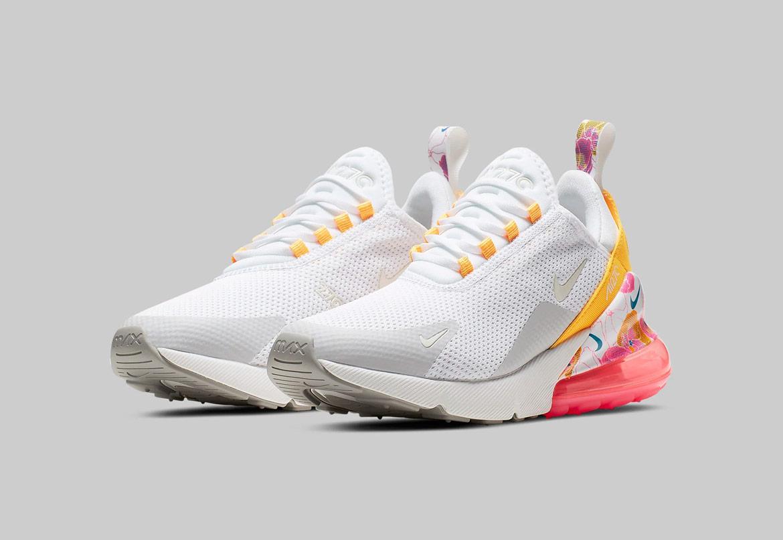 Nike Air Max 270 SE Floral — dámské boty s květinovýmí vzory — bílé s růžovými a žlutými detaily — sneakers