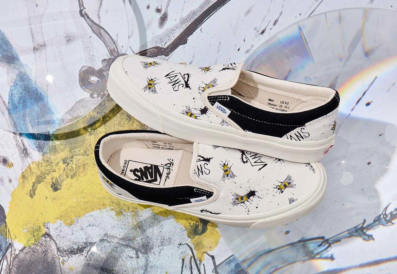 Vans x Ralph Steadman — Slip-On — bílé letní tenisky bez tkaniček s ilustrací čmeláka zahradního