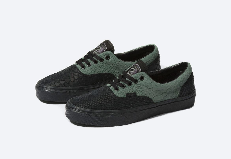Vans x Harry Potter™ Era Slytherin — boty — černé, zelené, se zmijím vzorem — pánské, dámské, chlapecké a dívčí