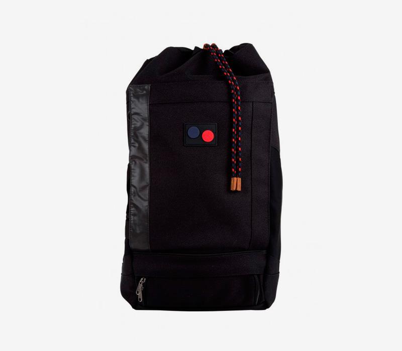 PINQPONQ — plátěný batoh z PET lahví — černý — Blok