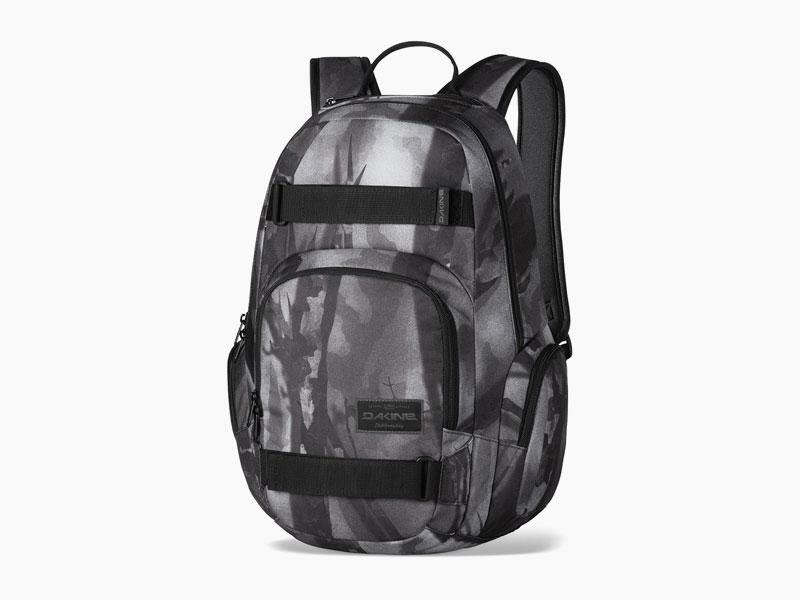Dakine – studentský, školní a skate batoh na záda, šedý se vzorem | Atlas 25 l – Smolder
