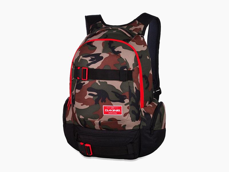 Dakine – studentský, školní a skate batoh na záda, maskáčový | Daytripper 30 l – Camo