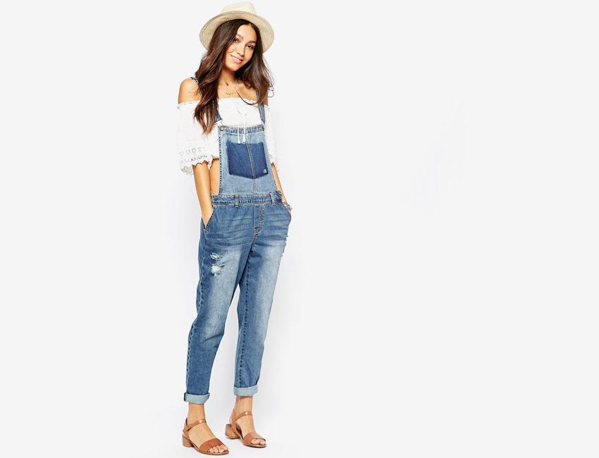 Dámský overal — lacláče, riflové, džínové, dlouhé nohavice — světle modrý, denim, jeans jumpsuit