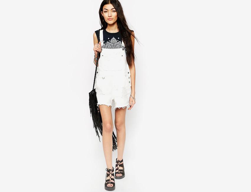 Dámské riflové lacláče (džínové) — bílé, krátké nohavice, šortky, overal — denim, jeans jumpsuit