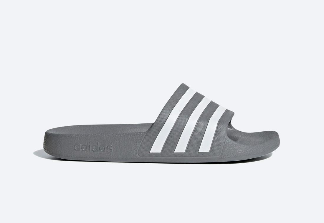 adidas Originals Adilette Aqua Essentials — pánské, dámské — pantofle — tmavě šedé — nazouváky — slides