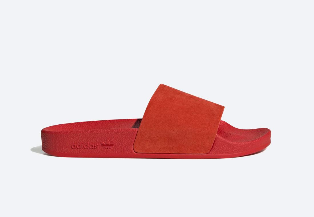 adidas Originals Adilette — pantofle — dámské — červené — nazouváky — slides